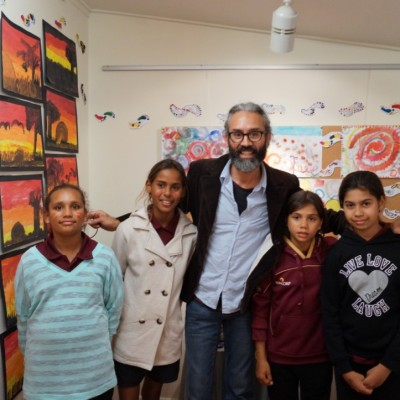 Jandamarra-Cadd-Artist -Opening Night Wondai with Kids